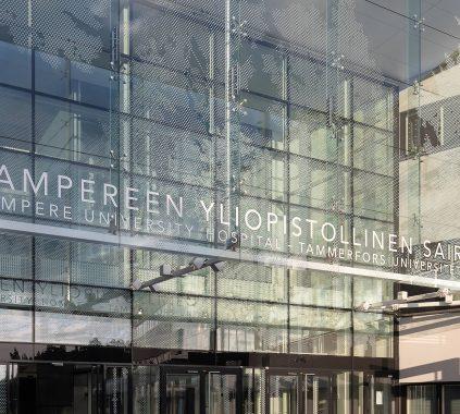 Tampere Ülikooli haigla klaasfassaad